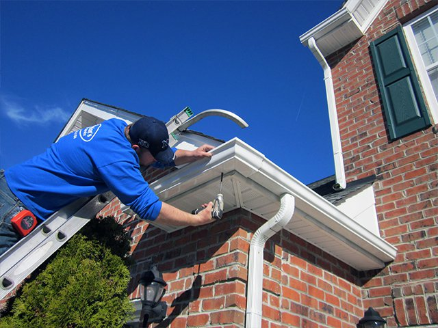 We Provide An Affordable Gutter Repair Service | Vantage Roofing